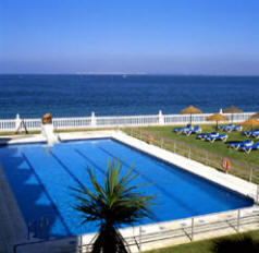 Parador Cadiz pool view
